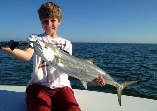 First spanish picture of off the hook fishing charters for Off the hook fishing charters