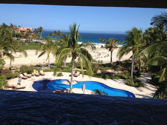 Casa del Mar Golf Resort & Spa: Stepping onto the deck to the infinity spa