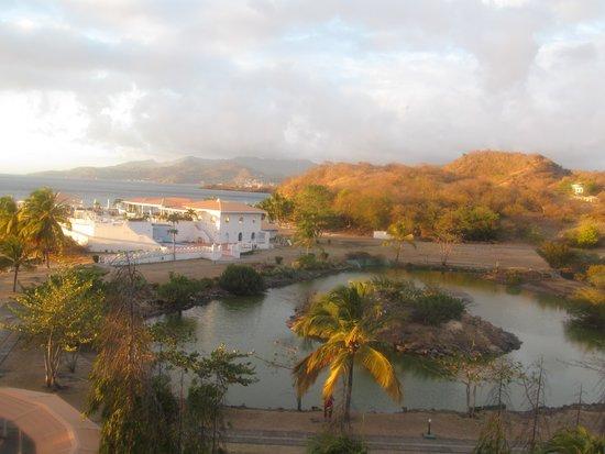 Grenadian by Rex Resorts : the island