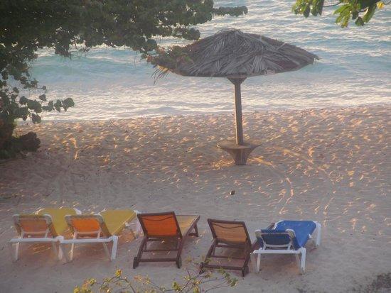 Grenadian by Rex Resorts : Beachfront
