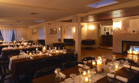 Mooncussers Tavern Inn & Restaurant: Wedding