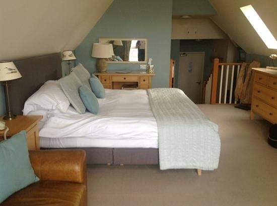 The White Horse: our beautiful room