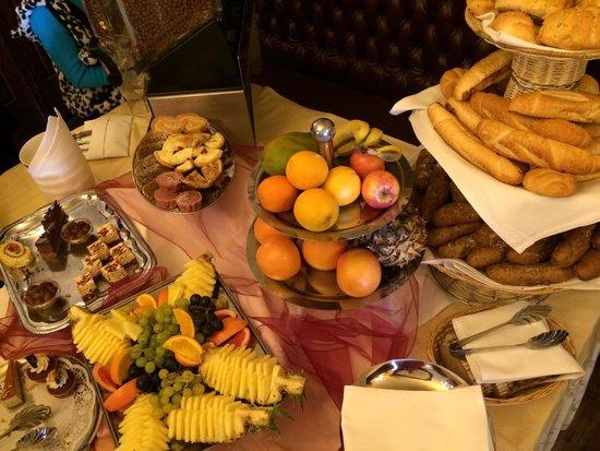Hotel U Prince : Desayuno
