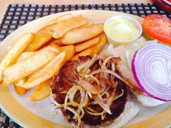 Bermuda Bistro @ the Beach : Lackluster lamb burger and fries