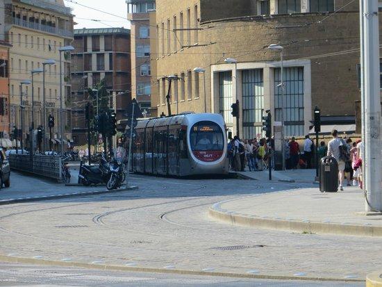 Delle Nazioni Hotel : Firenze: capolinea Tram in fondo a sinistra Hotel delle Nazioni.
