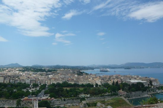 Old Fortress Corfu: Город