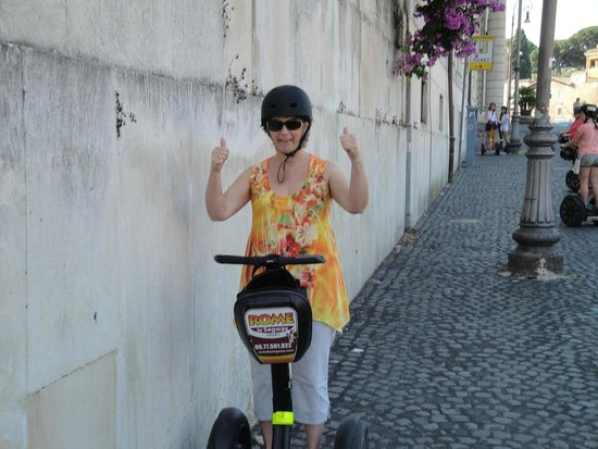 "Rome by Segway : Kate ""Look Ma no hands"""