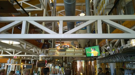 Snake River Brewing: Brewing area