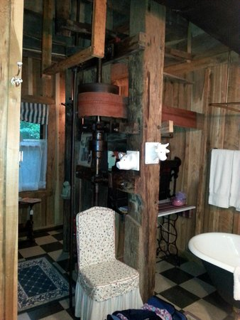 Wartrace, TN: Bathroom with original mill parts.