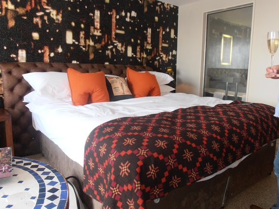Salthouse Harbour Hotel: the room
