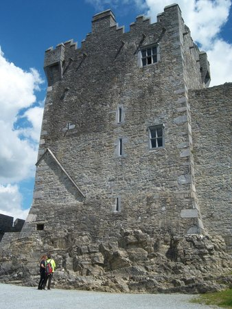 Ross Castle: view from the outside