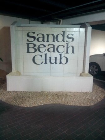 Sands Beach Club Resort : Sands beach club