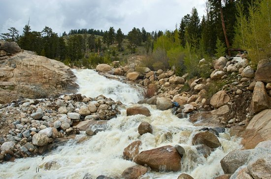 Alluvial Fan : Another shot of the falls