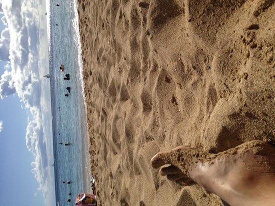 Kaimana Beach: BEACH VIEW