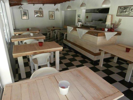 Mammamia Pizzeria y Cocina: interior
