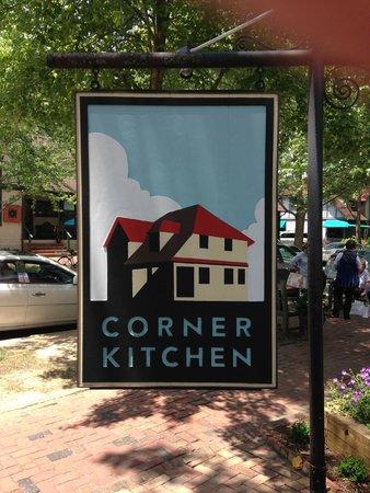 The Corner Kitchen: Entrance