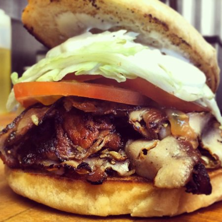 Traveling Smoke Show: PLT! Porchetta, Lettuce and tomato!