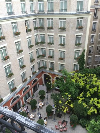 Le Royal Monceau-Raffles Paris : Вид