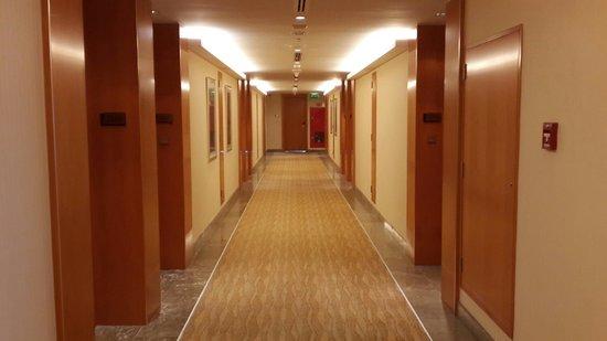Hilton Doha: Rooms corridors