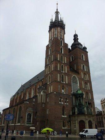 Krakow Free Walking Tour: Iglesia de santa Maria