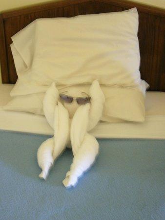 Regina Swiss Inn Beach Resort & Aqua Park : Фигурки на кровати всегда!