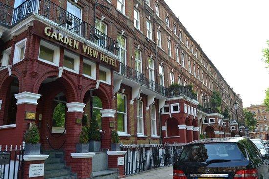 Vista del hotel , Picture of Garden View Hotel, London