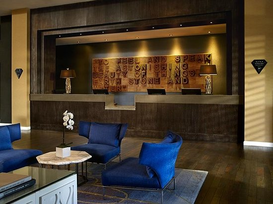Le Meridien Delfina Santa Monica: The hotel reception area