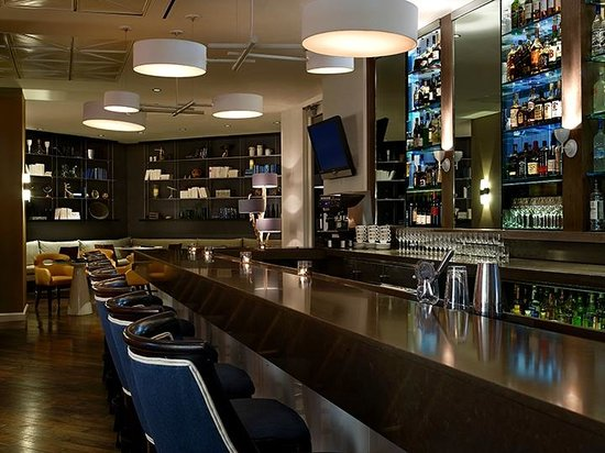 Le Meridien Delfina Santa Monica: Longitude Bar + Restaurant