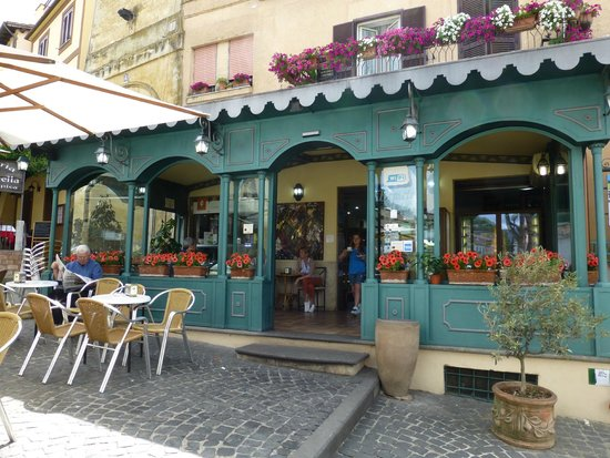 Trevignano Romano : Cafe