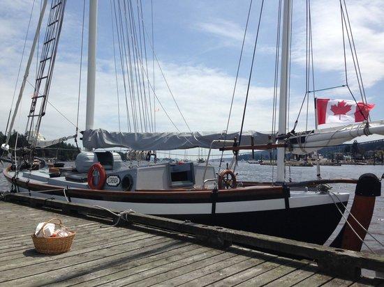 L'Orenda Sailing Tours