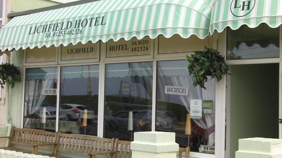 Lichfield Hotel: Hotel Front