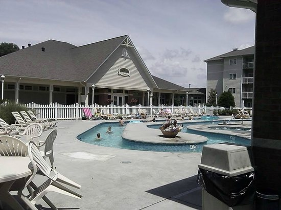 MainStay Suites : Lazy River