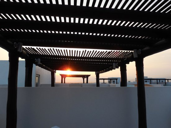 Marival Residences Luxury Resort: The view of the other patio