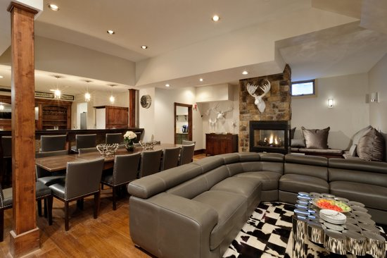 """Little Red Ski Haus: Great Room with seating for 40 + Full Bar and dinner seating for 20, 70"""" LCD TV and Fireplace"""