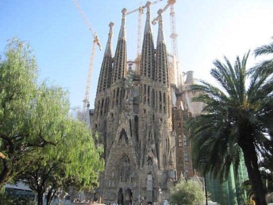 Basílica de la Sagrada Familia: Exterior