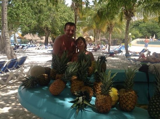 Dreams La Romana Resort & Spa : la barca della frutta