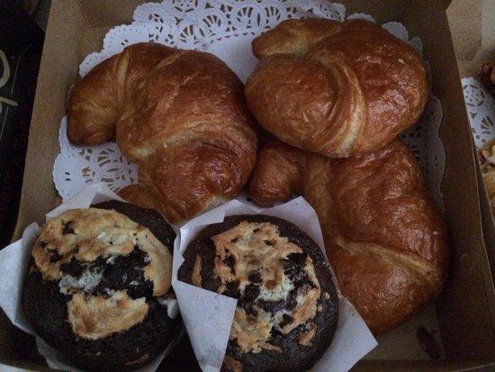 The Bunnery Bakery & Restaurant: Croissants