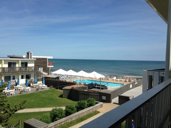 Atlantic Terrace Motel: View from Room 222
