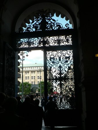 Rathaus: portone