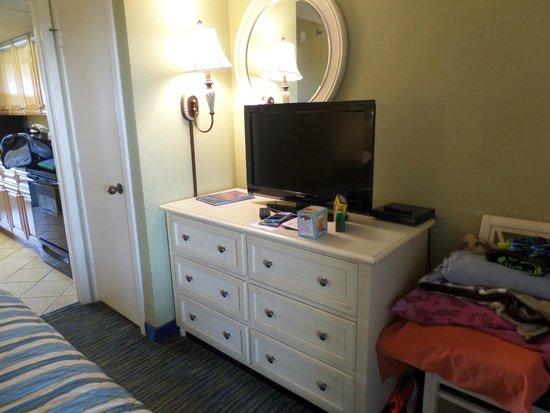 Caribbean Resort And Villas: TV in bedroom