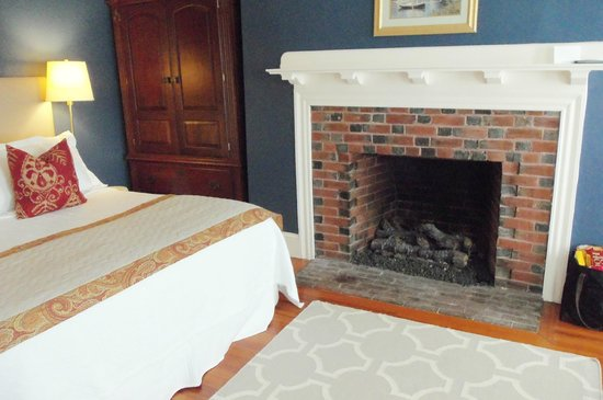 Chapman Cottage: Cozy, Romantic Room