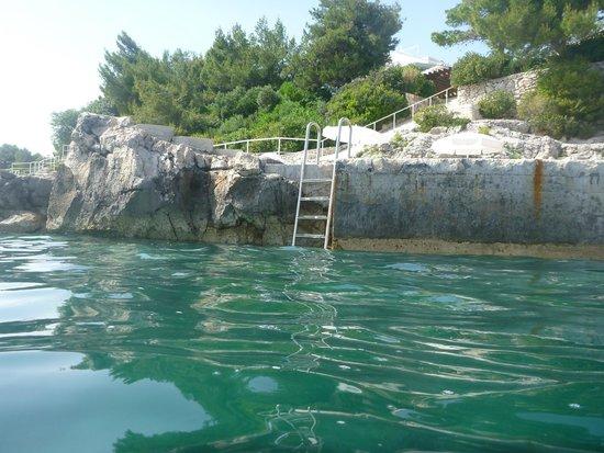 Sun Gardens Dubrovnik: Beach