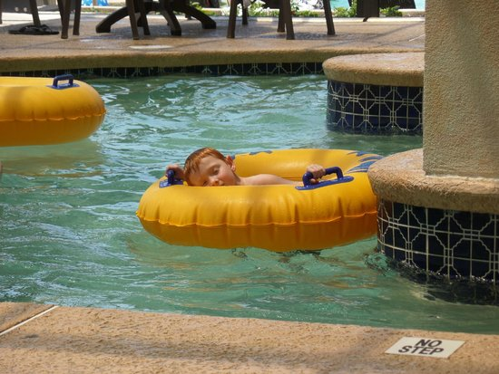 Caribbean Resort And Villas: 3 ft lazy river