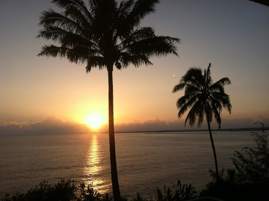 Hale Kai Hawaii Bed & Breakfast: great views