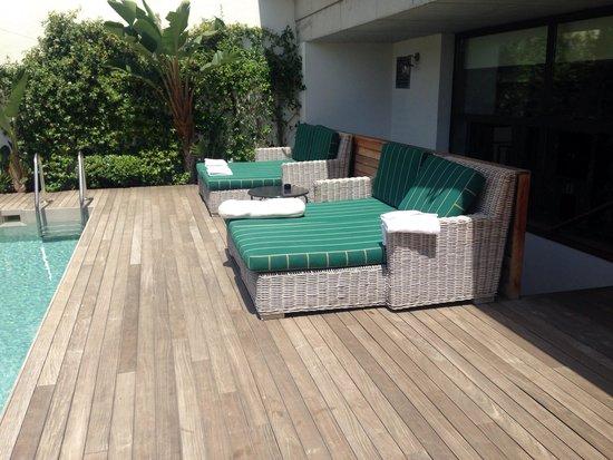 Ofelias Hotel: Catches amazing sun