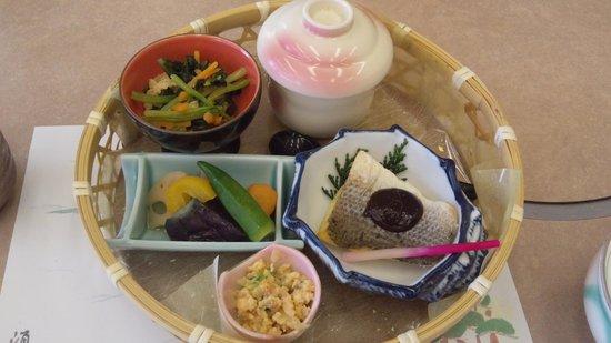 Seapal Suma: 食事