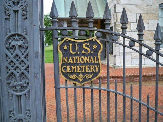Antietam National Cemetery: Plaque