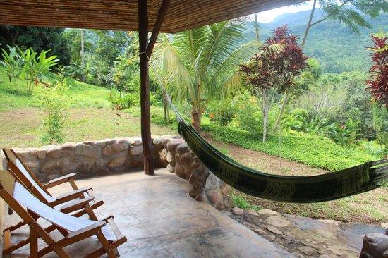 Cordillera Escalera Lodge : View of our porch