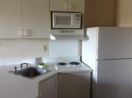 Extended Stay America - Reno - South Meadows: kitchen