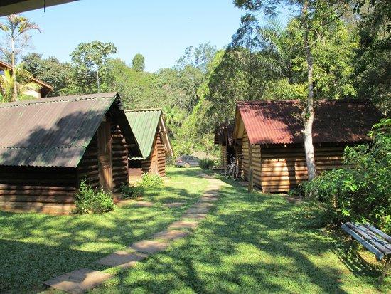 Canto dos Passaros Hospedagem & Camping: Cabanas